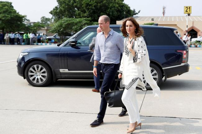 The Duke and Duchess of Cambridge at Lahore Airport