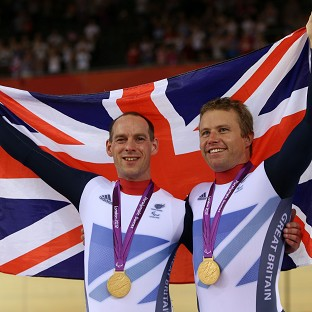 GB cyclists in battle for gold