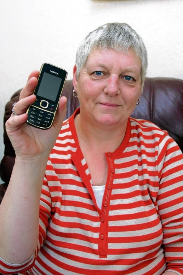 Roselyn Bocking clocked up a big phone bill for a short call