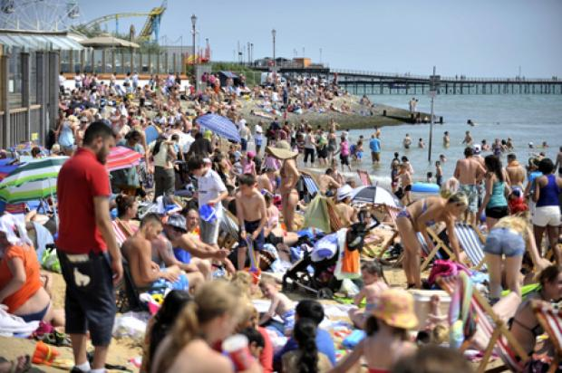 Halstead Gazette: Traders delight as sun shines on Southend