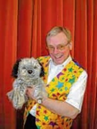Witham: Magical Christmas fun with Mr Popcorn and Scruff the Dog