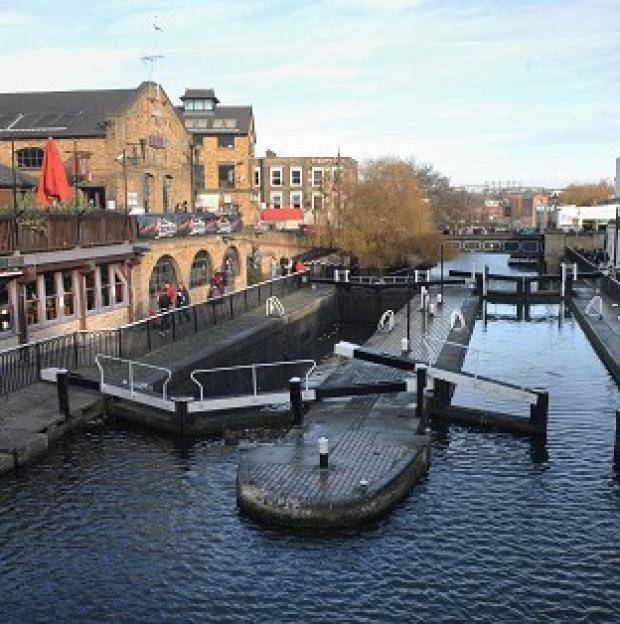 Halstead Gazette: The Environment Agency is said to be planning to cut 90 residential keepers dealing with locks, sluices and weirs on the River Thames