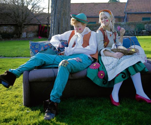 Help get Hansel and Gretel off the sofa