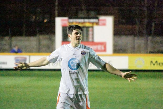 Holman head to north Essex to join League One U's