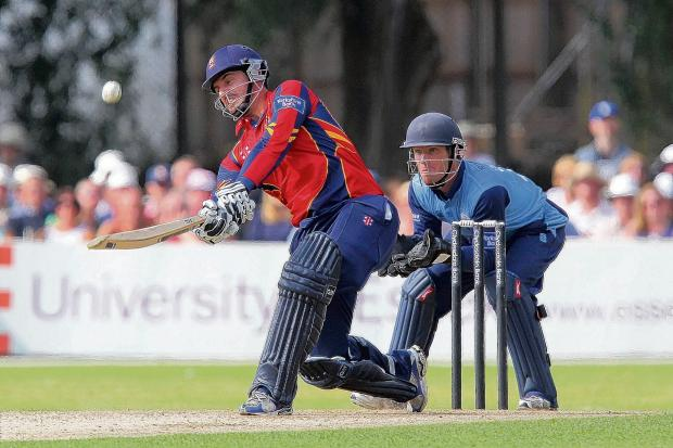Ryan ten Doeschate PIC: GAVIN ELLIS/TGS PHOTOS