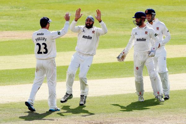 Monty Panesar celebrating one of 11 wickets against Glamorgan. PIC: GAVIN ELLIS/TGS PHOTOS
