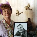 Halstead Gazette: Hilda Ogden's famous curlers, headscarf and pinny to go under hammer
