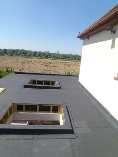 LW Roofing
