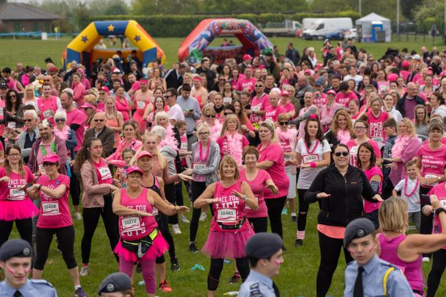 Hats off to you all! Hundreds take part in Southend Race for Life